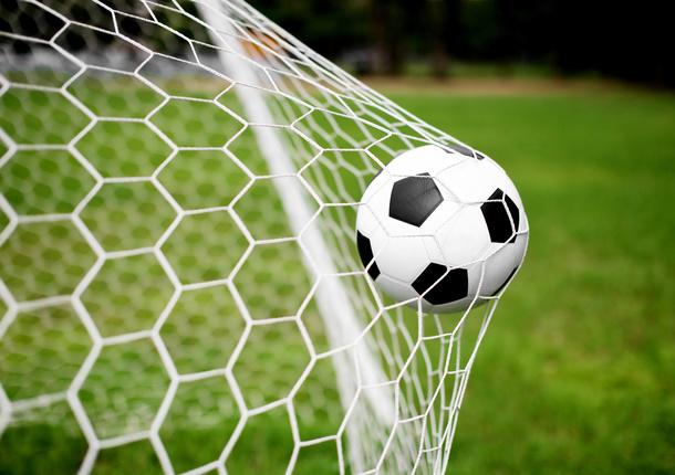 В Сочи больше детей будут заниматься футболом