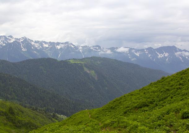 В сочинских горах открыты первые летние туристические маршруты